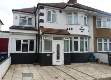 Thumbnail 2 bed flat to rent in Fleetwood Road, London
