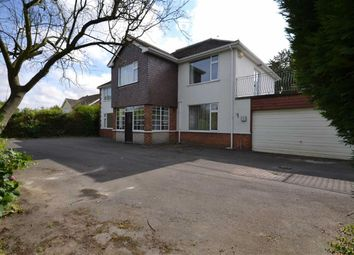 Thumbnail 6 bed property for sale in Cheapside, Waltham, Grimsby