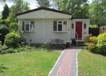 Thumbnail 2 bed mobile/park home for sale in California Park (Ref 5896), Finchampstead, Wokingham, Berkshire