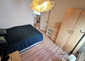 Room to rent in Chalton Street, Euston NW1