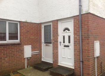 2 bed flat to rent in Lanyards, Littlehampton BN17