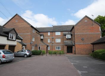 Thumbnail 1 bed flat to rent in Wensum Drive, Didcot