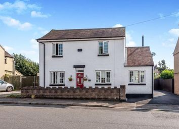 3 bed detached house for sale in Bank Street, Heath Hayes, Cannock, Staffordshire WS12