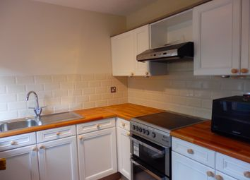 Thumbnail 2 bed flat to rent in Pelham Road, Wimbledon