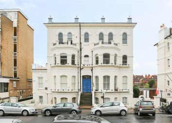 St. Aubyns, Hove, East Sussex BN3. 2 bed flat for sale