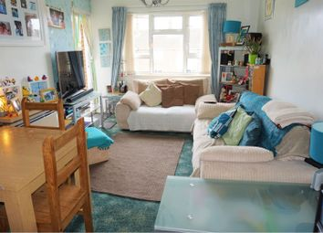 Thumbnail 2 bedroom flat for sale in Ffordd Powell, Wrexham