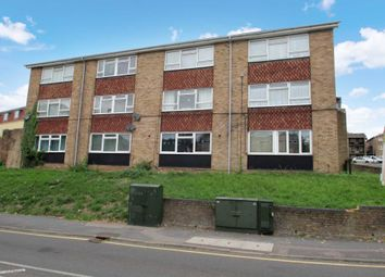 Thumbnail 3 bed flat for sale in Figtree Hill, Hemel Hempstead