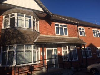 Thumbnail 2 bed flat to rent in Welbeck Avenue, Southampton