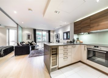 Thumbnail 1 bedroom flat for sale in Doulton House, Parsons Green, Fulham, London