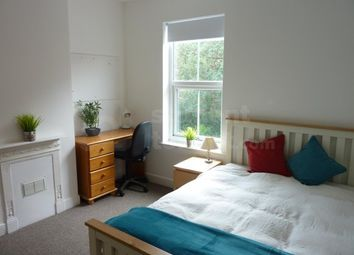 Thumbnail Room to rent in West Parade, Lincoln, Lincolnshire