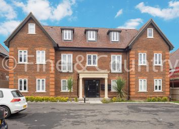 Thumbnail 1 bed flat to rent in Oaks House, Brighton Road, Banstead, Surrey