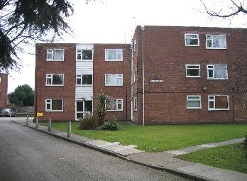 Thumbnail 1 bed flat to rent in Milden Close, Didsbury