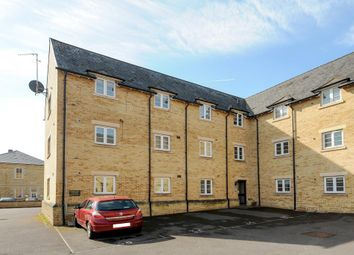 Thumbnail 2 bed flat to rent in Wilkinson Place, Witney