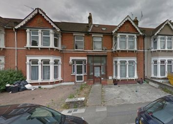 Thumbnail 2 bed flat to rent in Vernon Road, Ilford