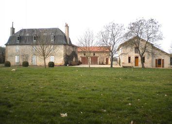 Thumbnail 8 bed farmhouse for sale in Poitou-Charentes, Vienne, Mauprévoir