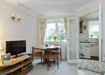 Royston Court, Hinchley Wood KT10. 1 bed flat