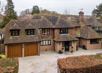 Thumbnail 5 bed property for sale in Green Lane Close, Harpenden