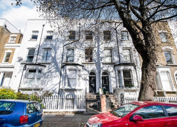 30 Grosvenor Avenue, Highbury N5. 2 bed flat for sale