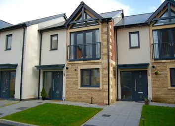 Thumbnail 3 bed town house for sale in Midgreave Close, Delph, England
