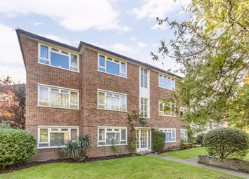 Thumbnail 2 bed flat to rent in Oak Hill Road, Surbiton