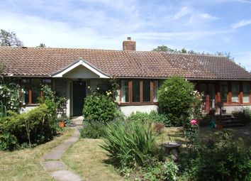Thumbnail 3 bedroom bungalow to rent in Sutton Road, Cookham, Maidenhead