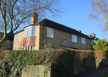 Thumbnail 3 bedroom flat for sale in Leys Avenue, Cambridge