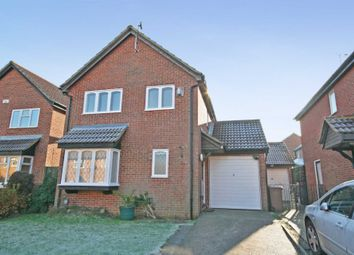 Thumbnail 4 bed detached house for sale in Goldcrest Close, Luton