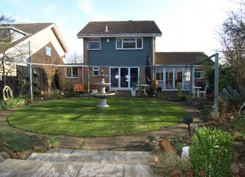 Thumbnail 5 bedroom detached house for sale in Wordsworth Avenue, Newport Pagnell, Buckinghamshire