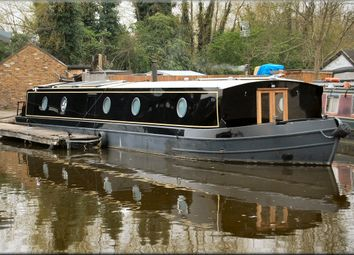 Thumbnail 1 bed property for sale in Stunning Narrowboat - Anfauglir, High Line Yachting, Northolt, Middx