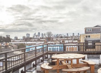 Thumbnail 1 bed flat to rent in The Pinnacle, Dove Road, Islington