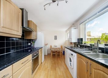 Thumbnail 4 bed flat to rent in Heathfield Square, London