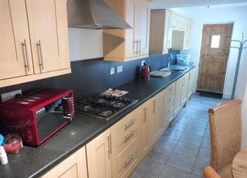2 bed property to rent in Penhill Road, Pontcanna, Cardiff CF11