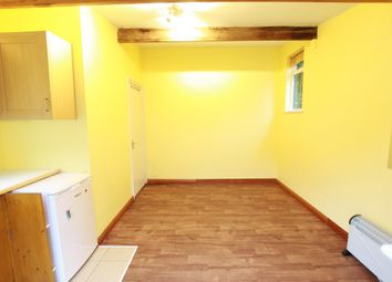 Thumbnail Studio to rent in St George's, Golders Green