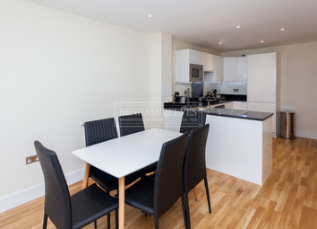Thumbnail 3 bed flat to rent in St. Annes Street, Canary Wharf