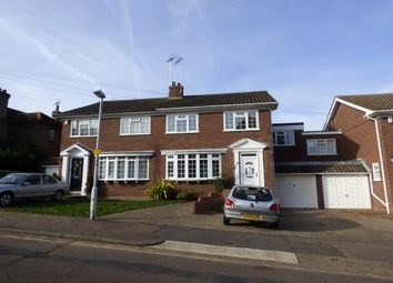 Thumbnail 4 bed property to rent in The Avenue, Billericay