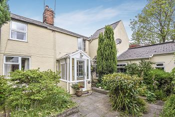 Thumbnail 3 bed property for sale in Boreham Road, Warminster, Wiltshire