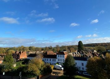 Northfield End, Henley-On-Thames RG9. 2 bed flat for sale