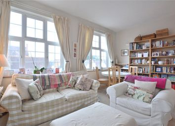 2 bed maisonette to rent in Carmichael Court, Grove Road, London SW13