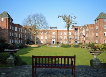 Thumbnail 2 bed flat to rent in Surbiton Court, St Andrews Square, Surbtion