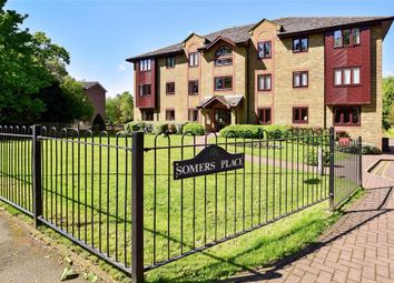 2 bed flat for sale in Reigate Hill, Reigate, Surrey RH2