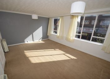 Thumbnail 3 bed flat to rent in North Street, Hornchurch, Essex
