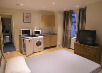1 bed flat to rent in Russell Road, London NW9