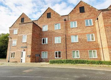 Thumbnail 3 bedroom flat to rent in Henshall House, Tapton Lock Hill, Chesterfield, Derbyshire