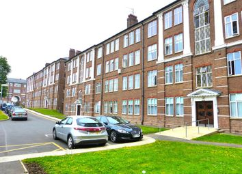 Thumbnail 3 bed flat for sale in Eagle Lodge, Golders Green Road, Golders Green, London
