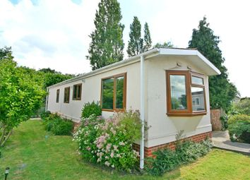 Thumbnail 2 bed mobile/park home for sale in Cambridge Lodge Park, Bonehurst Road, Horley