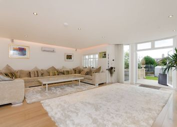 Thumbnail 5 bed property to rent in Alexander Avenue, Willesden Green