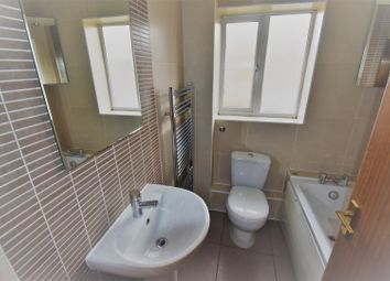 Thumbnail 4 bed detached house to rent in Hexham Gardens, Bletchley, Milton Keynes