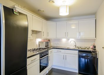 Thumbnail 1 bed flat to rent in Bloomfield Road, Woolwich, London