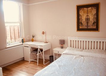 Thumbnail Room to rent in Seward Road, Hanwell, Greater London.