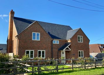 Beggarsbush Hill, Benson, Wallingford OX10. 4 bed detached house for sale